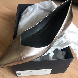 Theory New in Box Leather Flats